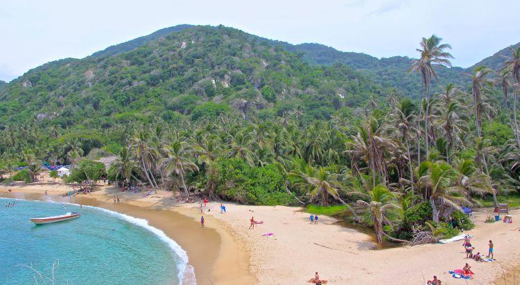 cabo-beach-6-tayrona-hike