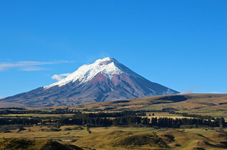 Cotopaxi clear day 2